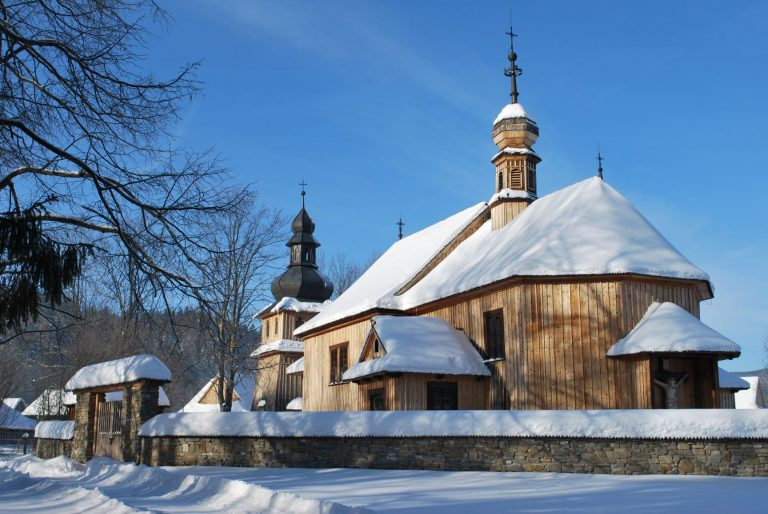 Kościół W Zimowej Szacie Fot. Roman Ciok