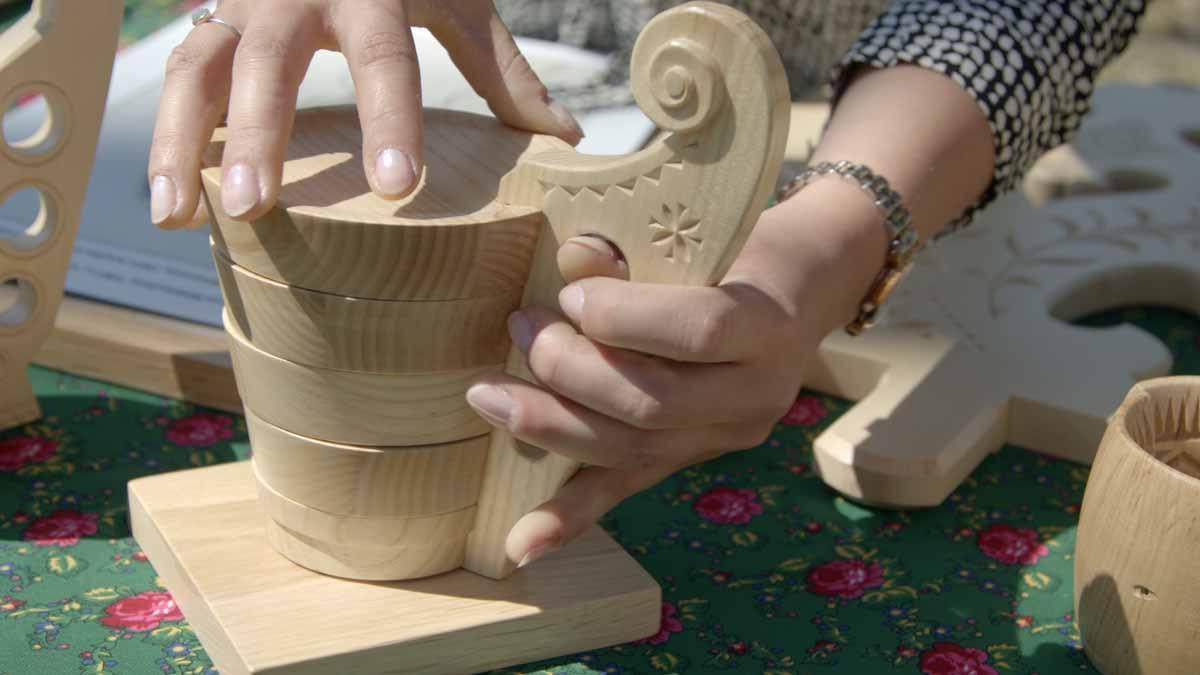 Repliki drewnianych narzędzi pasterskich, zdj. M. Miłkowskiv